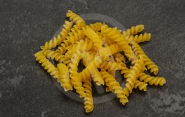 Raw Raw fusilly Italian pasta