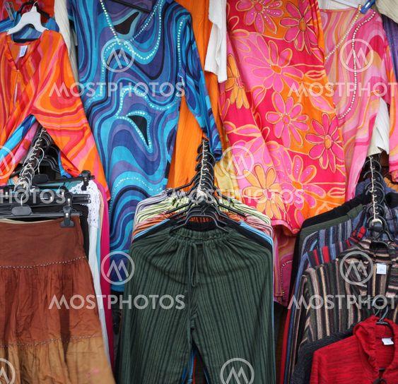 Värikkäitä vaatteet