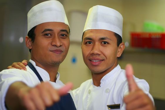 two thumb up chef