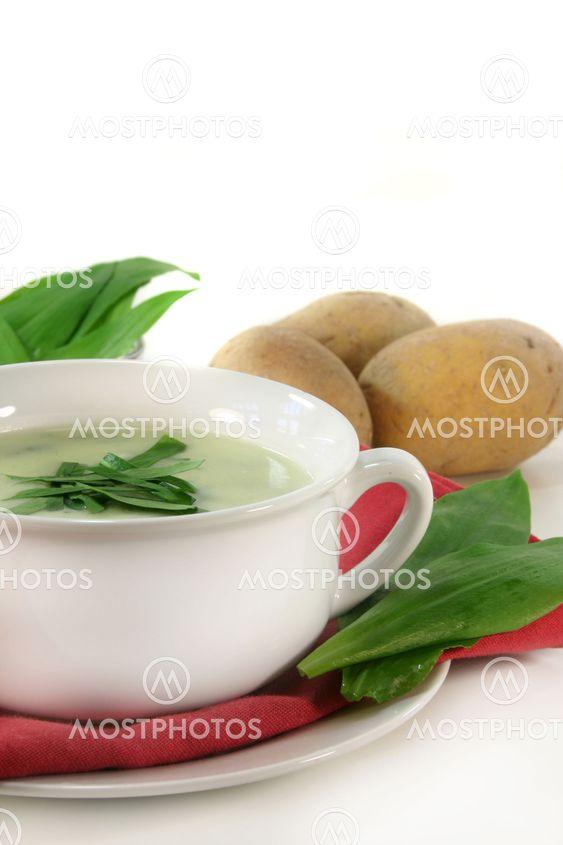 Vilda vitlök soppa