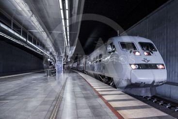SJ X2000-tåg i tunneln på Malmö centralstation