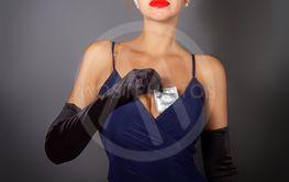 Girl condom bra