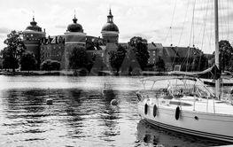 Slottet och båthamnen
