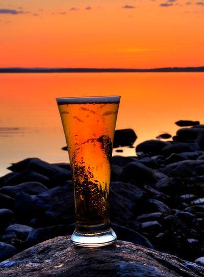 öl i midnattssolen