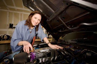 Female Hispanic Mechanic