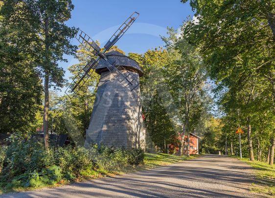 Haihara manor windmill