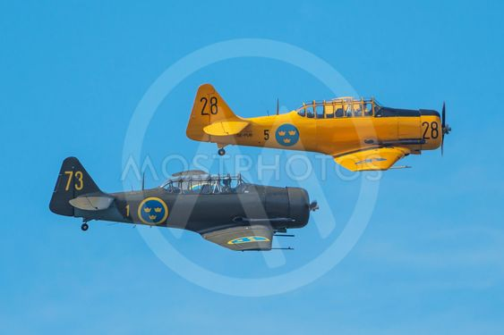 Two SK 16 in a dogfight in the airshow at Orebro airport