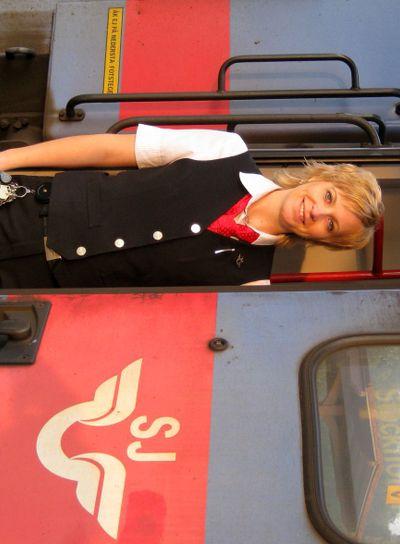 SJ tågvärdinna på tåg