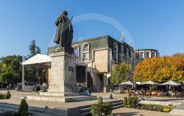 Gotse Delchev monument ин town of Blagoevgrad, Bulgaria