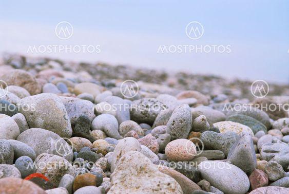 Strand småsten