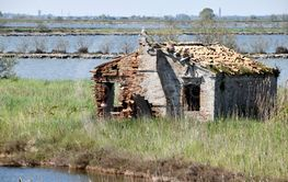 Old houses of the river Po mouth abandoned - Italy