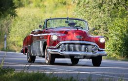 BUICK Eight CABRIOLET, year 1951.