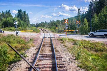 Järnvägsövergång på Inlandsbanan