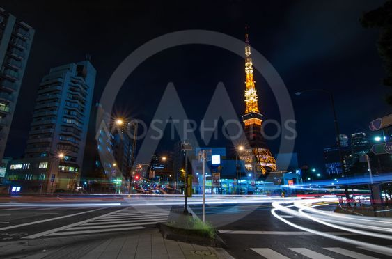 Night time view of Tokyo Tower
