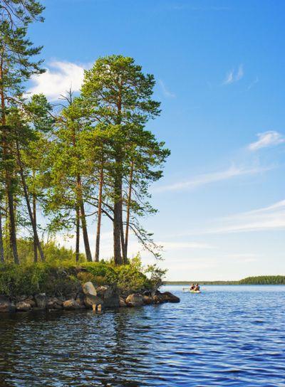 Travel on lake - 10