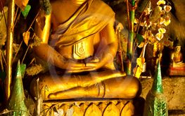 Buddha statue in the cave