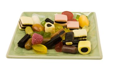 gummy party candy dish
