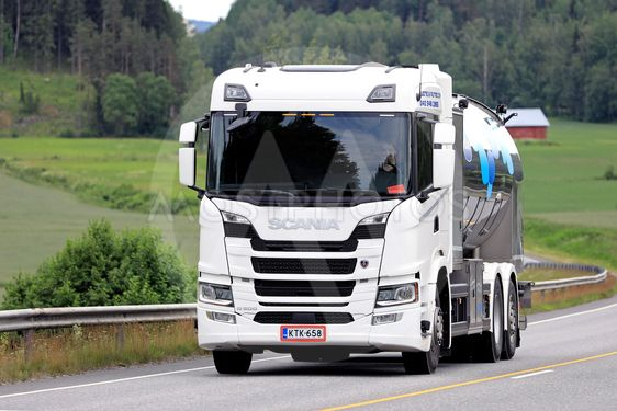 Scania G500 Milk Truck on the Road