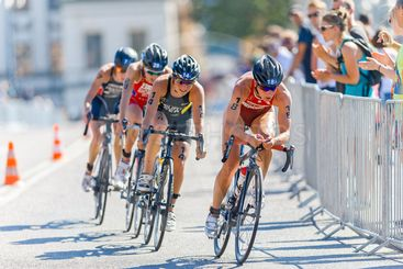 Nicola Spirig (SUI) leading a cycling group at the Womens...