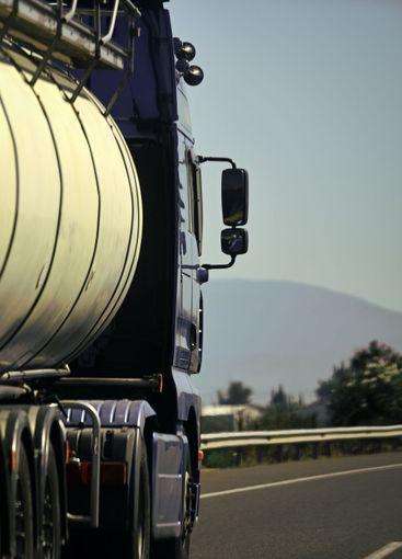 argo van, truck, kamion transports goods or items...