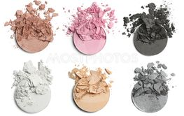 Crushed eye shadow for make up