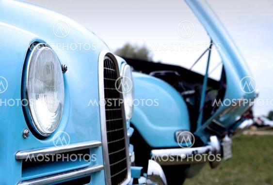 Swedish Classic Cars - Open Bonnet