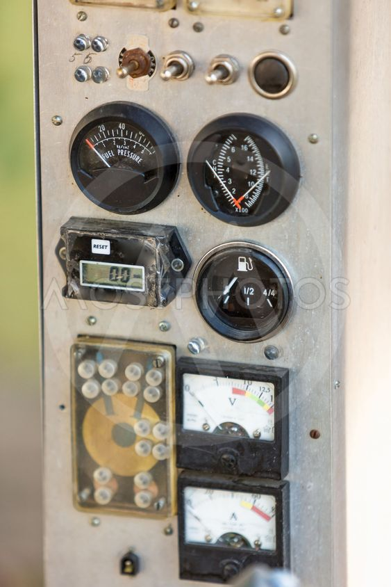 old analog airplane indicators showing altitude and speed