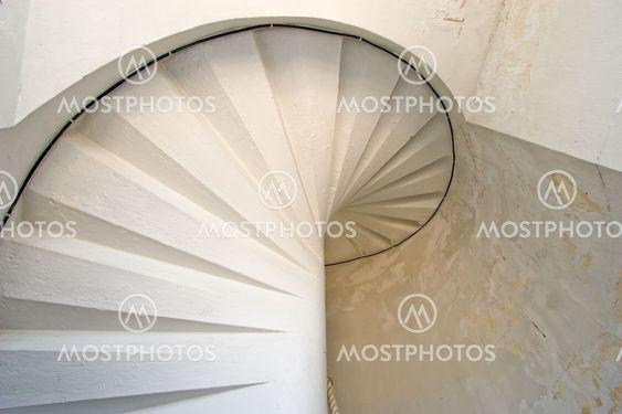 fyr hvid spiral