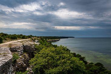 Vackert dramatiskt kustlandskap Gotland.