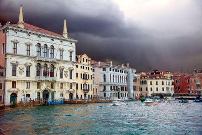 italy,venice : gran canalel under the rain