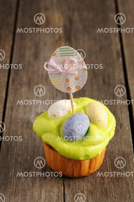 Påsk hemlagad cupcake