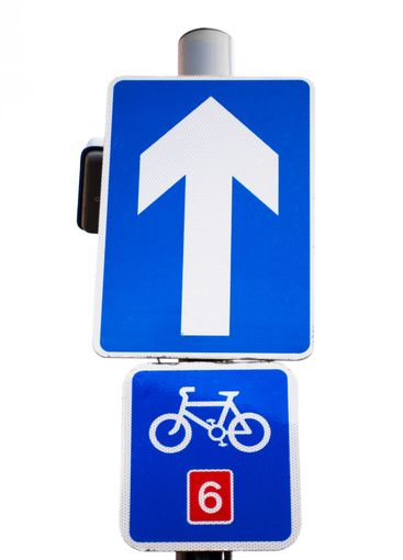 cycle route straight ahead