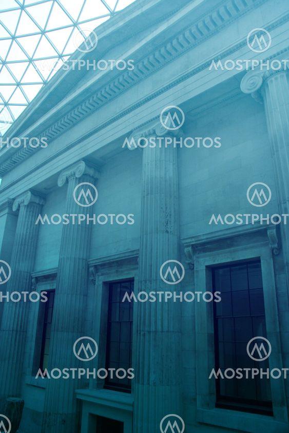 Grand building