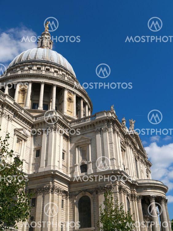 Sulje, St Paulin katedraali, London UK.