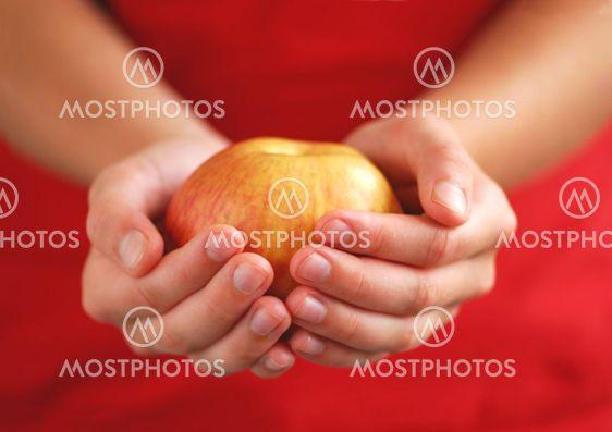 Apple i händer