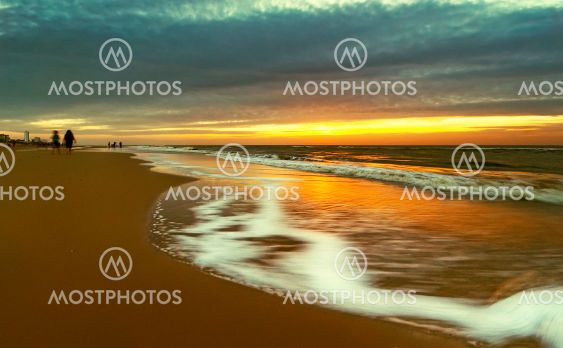 Beach in movement with golden colors
