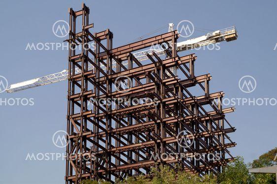 Skyskrapa under konstruktion