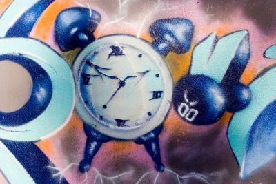Graffiti Clock