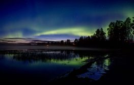 Northern Lights in whater