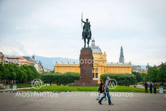 Zagreb Art pavillion and king Tomislav park