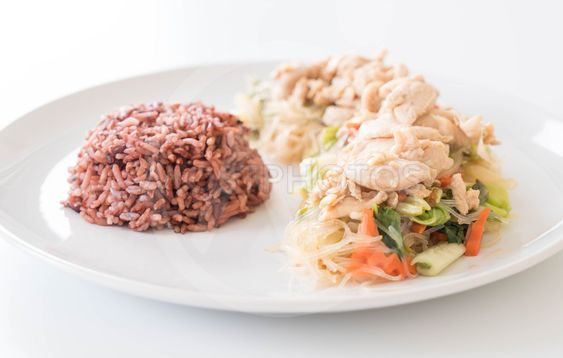 Fried Vermicelli and chicken with berry rice