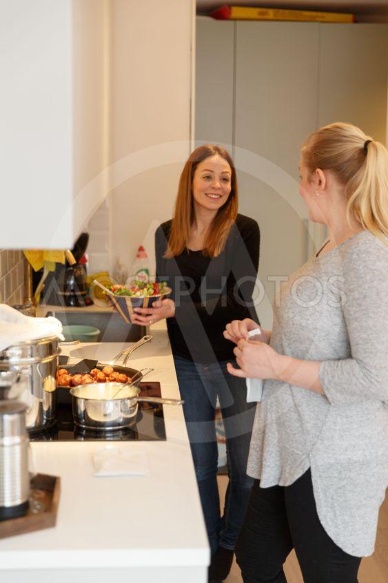 Par lagar mat tillsammans