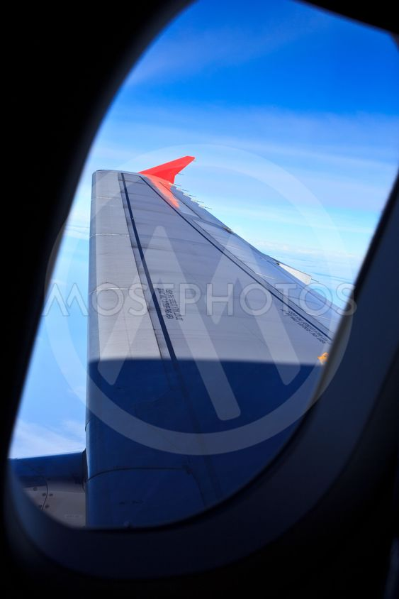 Airplane window5