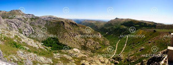 Vale Rossim dalen, Serra da Estela Naturpark, Portugal