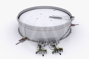 Large oil tank with floating roof