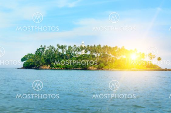 Barberyn Island and Lighthouse, turquoise ocean and...