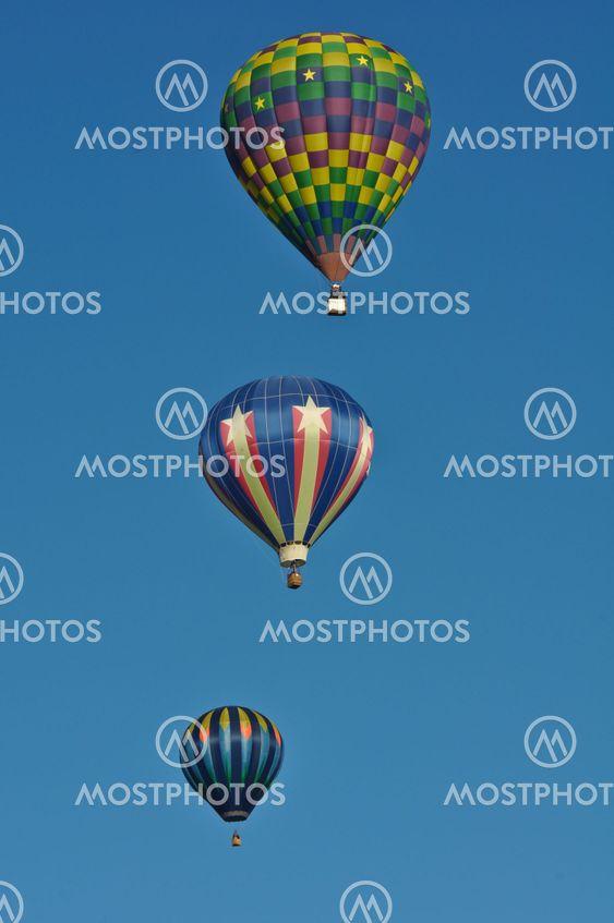 RENO, NEVADA USA - 11 SEPTEMBER: Stora Reno ballong loppet den 11 September 2010 i Reno Nevada. Det är den största gratis varm luft vecka händelse i nationen.