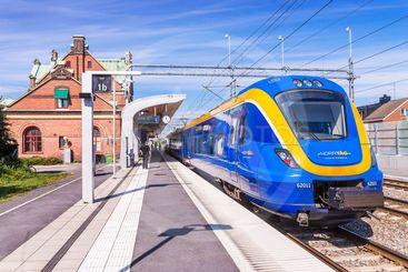 Tåg mot Luleå i Umeå