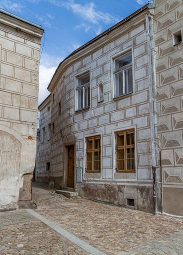 houses with sgraffito facades