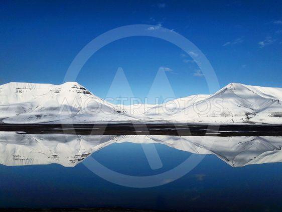 Snowy mountain, Svalbard 2019